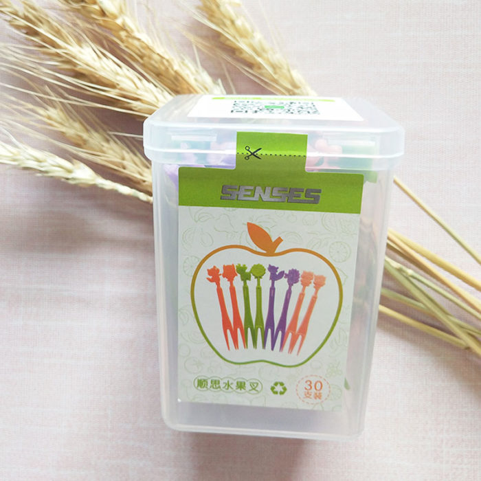 Eco Food-grade plastic fruit fork supplier