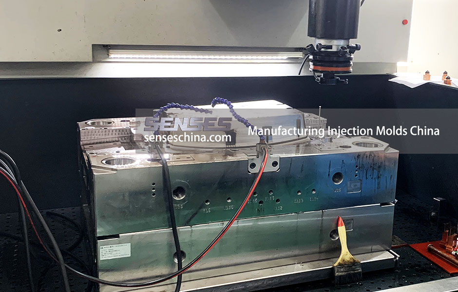 Manufacturing-Injection-Molds-China